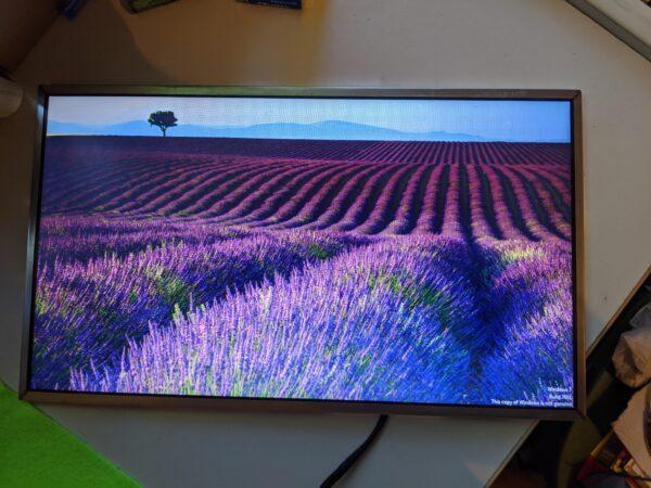 Samsung-LCD-Screen